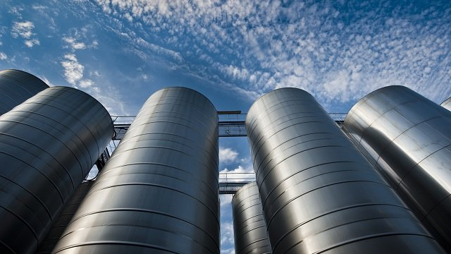 commercial brewing tank farm_640x360.jpg