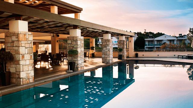 Swimming pool heating 640x360