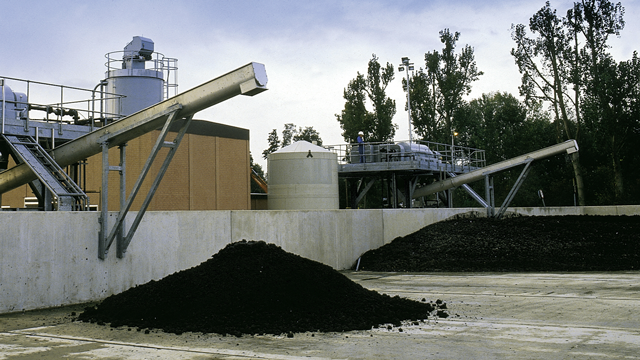 https://www.alfalaval.com/globalassets/images/industries/water-and-waste-treatment/sludge_treatment_640x360.png