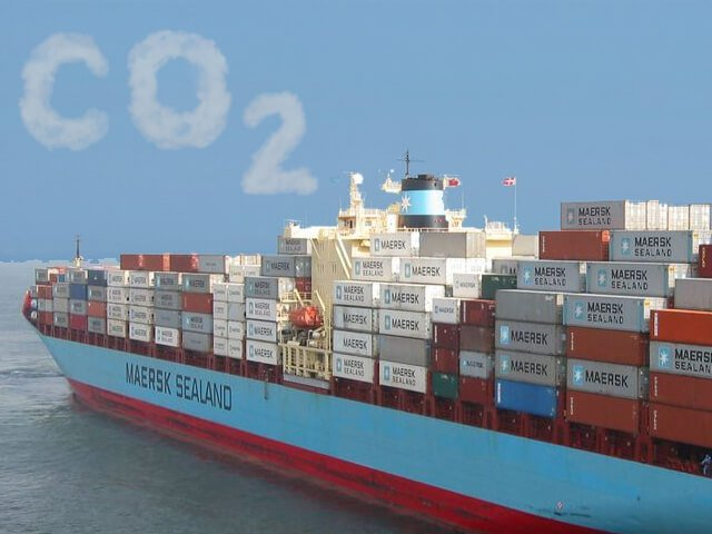 Maersk Customers Carbon Neutral vessel shipping equipment