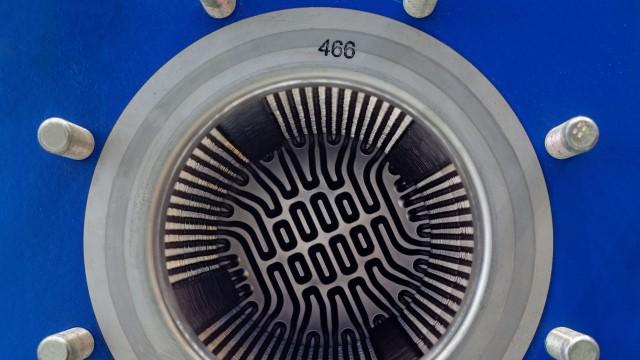 port hole plate heat exchanger close up 640x360.jpg