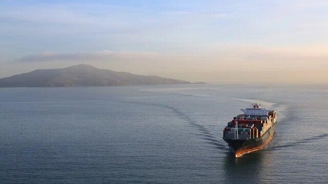 marine_ship_underway_640x360.jpg
