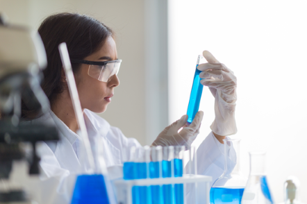 Woman_in_laboratory_working_with_chemicals.png