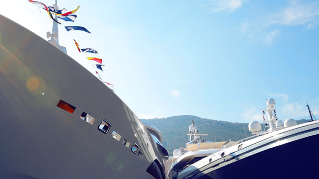 Yacht-vessel-type-vignette.jpg