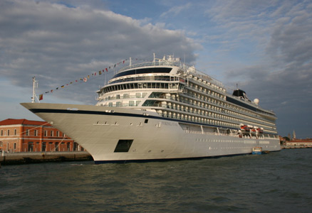 VOC Viking Star and sister vessels image