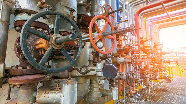 valves-and-pipes.jpg
