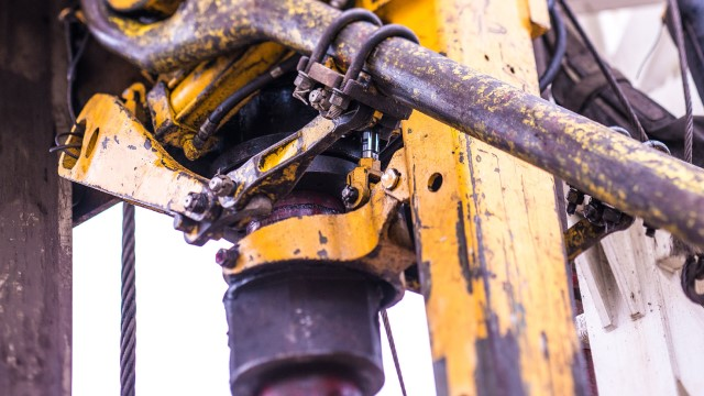 drilling 640x360