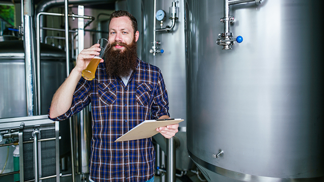 bearded man with a beer glass 640x360.jpg